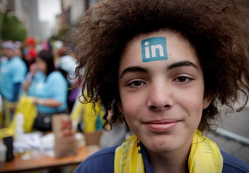 benefits of linkedin for college students