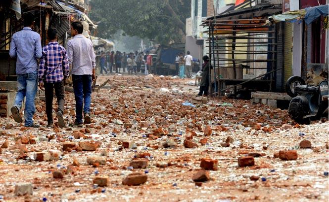 Photos From Trilokpuri Riots In Delhi -3