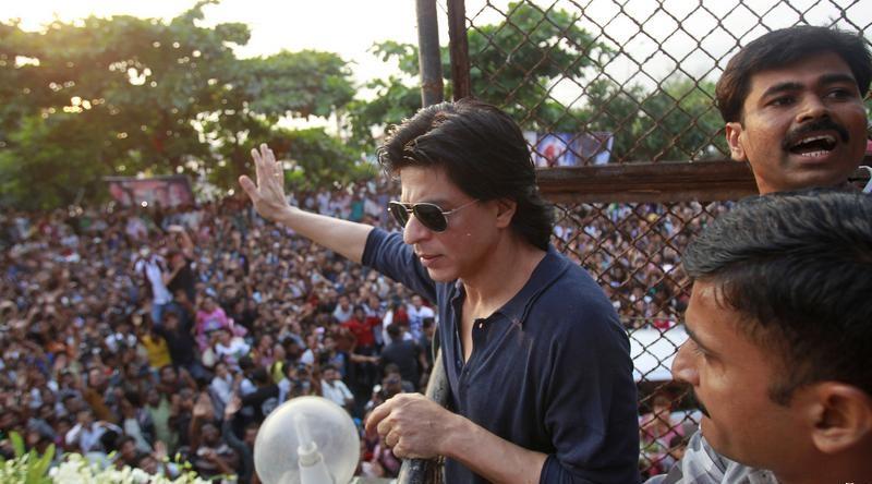 Shahrukh-Khan-to-Celebrate-Birthday
