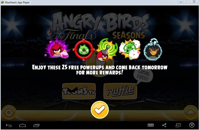BlueStacks Angry Birds play