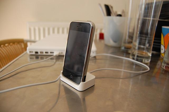 iphone-docked