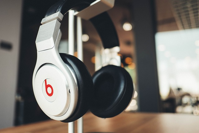 11 Cool Headphones That Sound Great