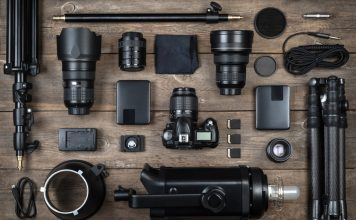 10 Great DSLR Accessories for Beginning Photographers