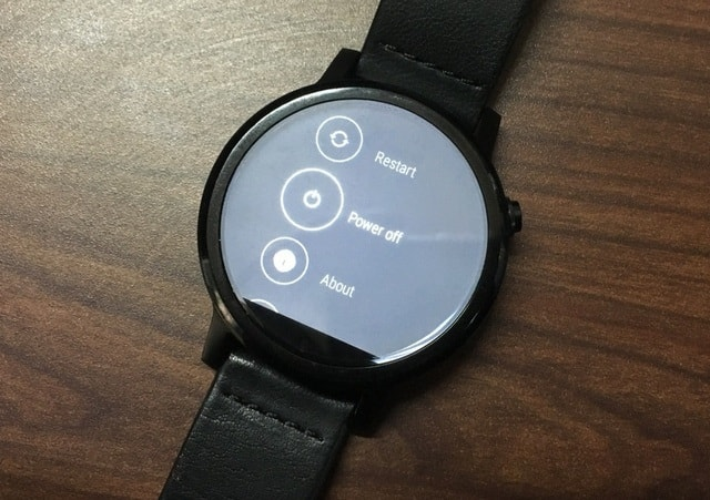 Moto 360 Power Off