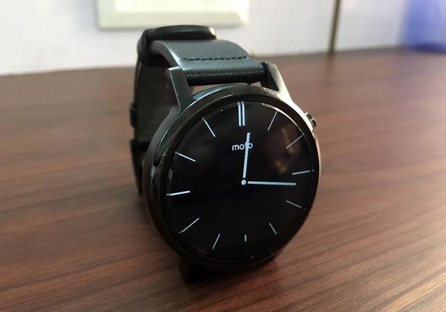 Moto 360 smartwatch 1