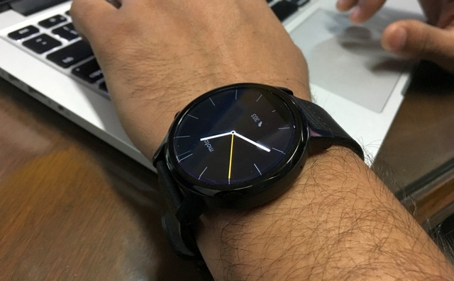 Moto 360 smartwatch 7