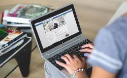 How to Control Your Facebook News Feed to See Relevant Posts