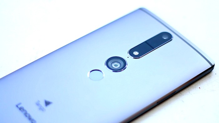 Lenovo Phab 2 Pro Review 12