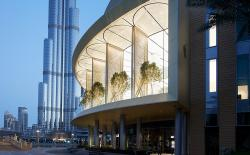 Apple Dubai Mall Opens Up To Make Your Jaws Drop