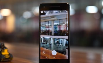 Google Pixel 2's Camera Fails Miserably Under LED Lighting