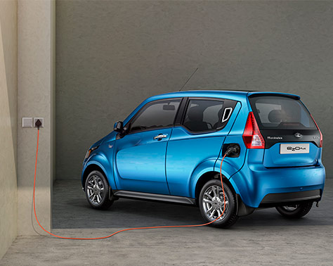Mahindra e20Plus charging