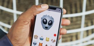iPhone X's Animojis Work Even With the Face ID Sensors Covered