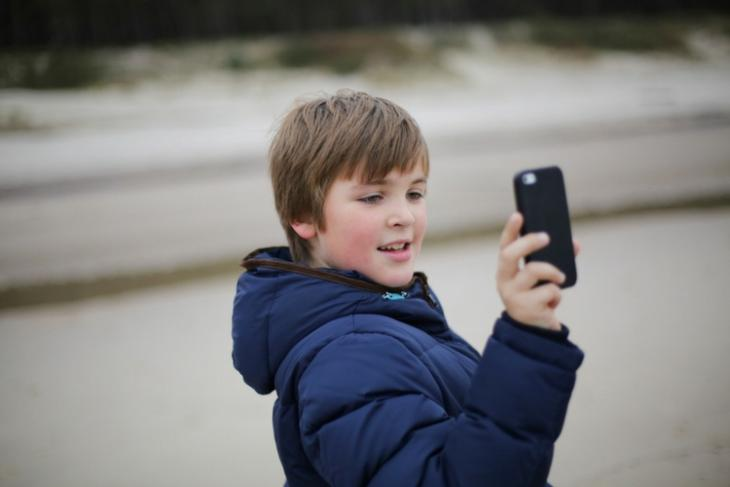 Apple Faces Pressure from Investors over iPhone Addiction Among Childrens