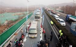 China's First Solar Highway is Now Open to Traffic (2)