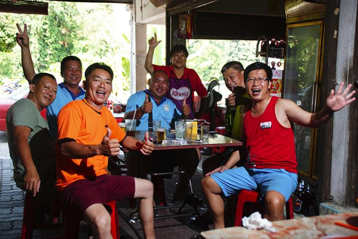 Theres Now An App To Get You A Surrogate Drinker in China