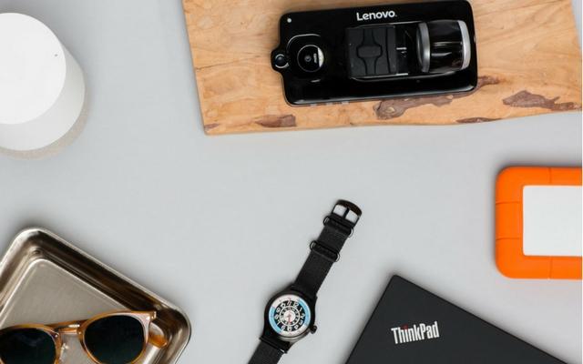 Lenovo Wraps up CES 2018 with Vital Moto Mod and Livermorium Slider Keyboard Mod