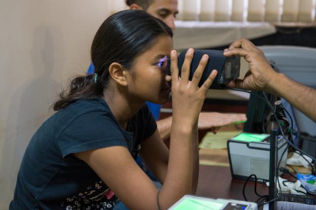 Aadhaar Biometric Scan (Shutterstock)