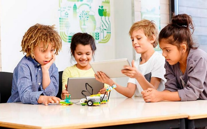 Lego and Tencent Join Hands to Create Ecosystem of Safe Digital Content for Children