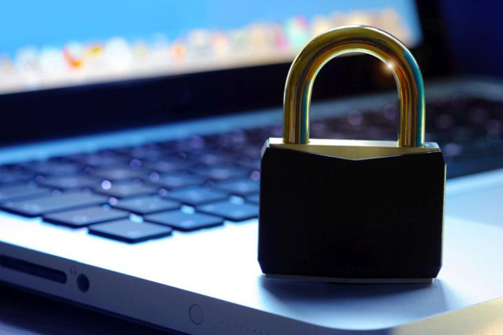 Indian Parliamentary Body Calls for Laws to Prevent Misuse of User Data