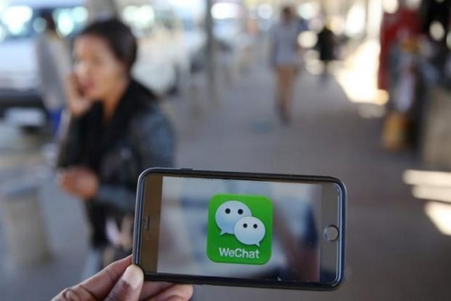 WeChat gets tipping back on iPhones