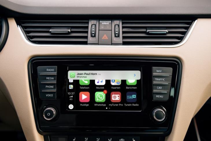 whatsapp carplay featured