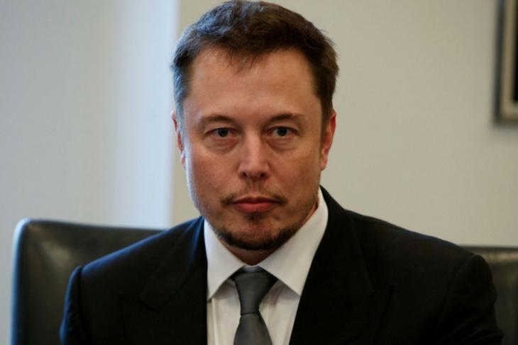 Elon Musk Tesla would shut down if cars used to spy