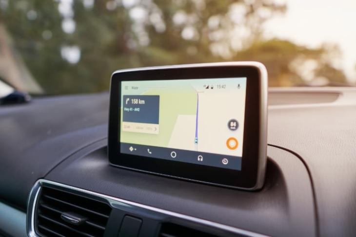 20 Most Useful Apps Compatible with Android Auto (2018)