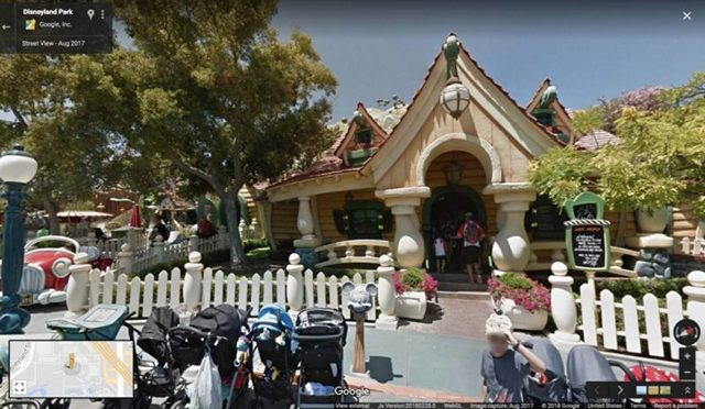 Disney-Street-View-Mickey-Minnies-Houses-from-Google