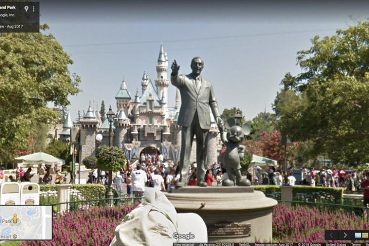 Disneyland website