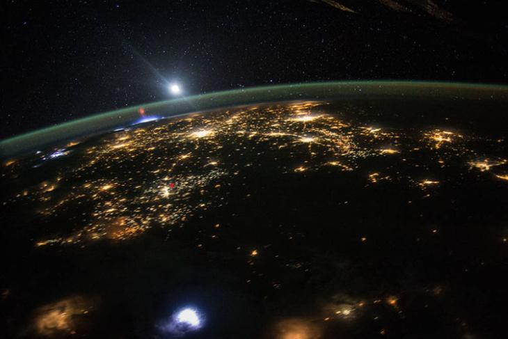 lasers space debris featured website