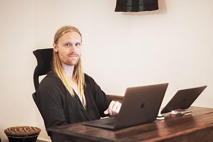 Hampus Olsson OnePlus website