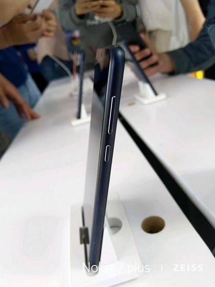 Nokia X X6 (6)