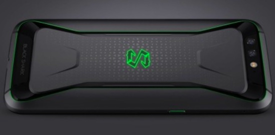 Xiaomi Unveils Black Shark Gaming Phone: Snapdragon 845, Liquid Cooling and up to 8GB RAM