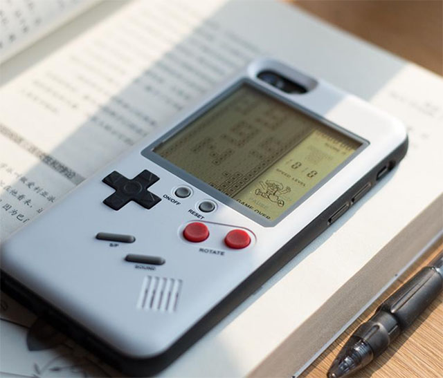 This iPhone Case Brings a GameBoy Along