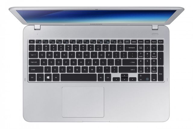 Full-sized notebook keyboard in the Samsung Notebook 5
