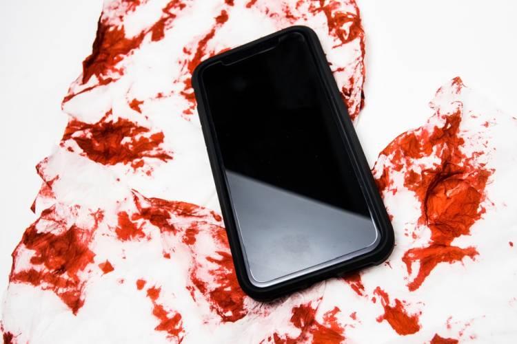 Gurgaon Man Allegedly Kills Wife Over Facebook, WhatsApp Addiction