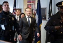 Mark Zuckerberg Take Responsibility for Data Abuse, Apologizes for Not Taking Action