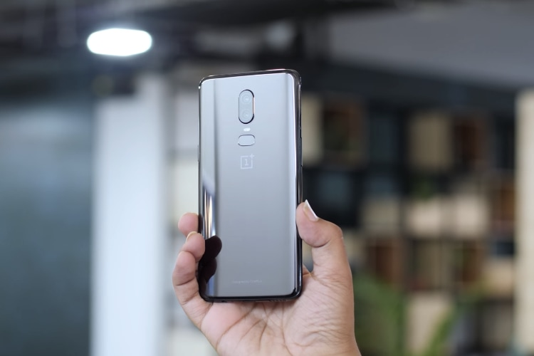 15 Best OnePlus 6 Accessories You Can Buy Today | Beebom