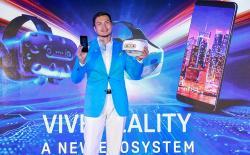 Alvin Wang Graylin HTC U12 Plus Vive Focus website
