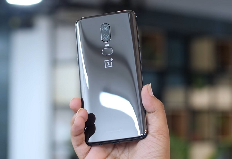 OnePlus 6 Review Back 3