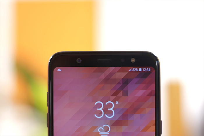 Samsung Galaxy A6 Plus display