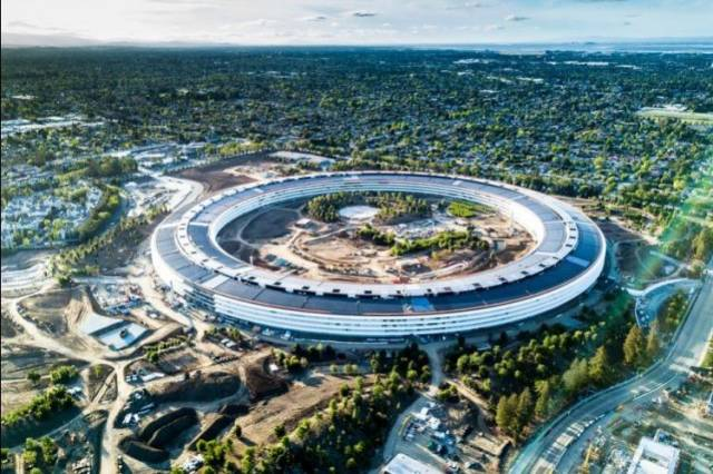 Apple is already testing the new NFC door unlocking system at Apple Park