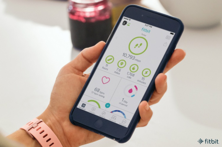 Fitbit Smartwatch Gets Quick Replies, Female Health Tracking And