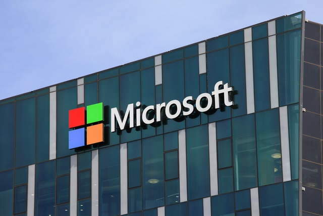 Microsoft Overtakes Apple to Become Most Valuable US Company