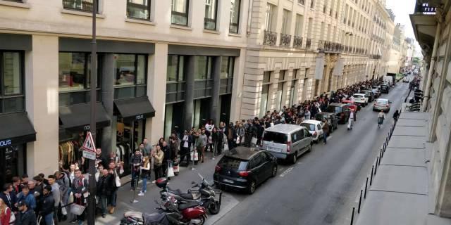 OnePlus 6 pop-up store in Paris