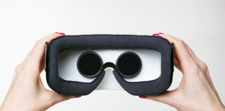 vr headset display google lg world's highest res
