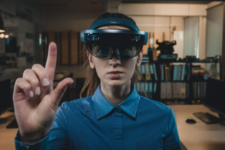 microsoft hololens mixed reality apps for workplace