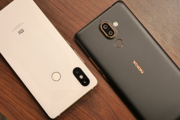 Mi 8 SE vs Nokia 7 Plus- The Best Mid Range Smartphone?