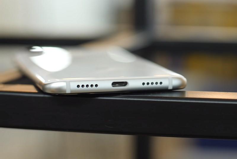Mi 8 USB C