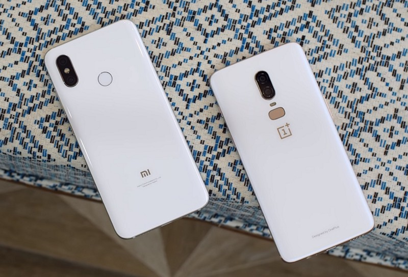 Mi 8 vs OnePlus 6 White